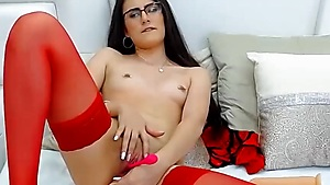 White Babe With Glasses Likes It In Both Holes At The Same Time