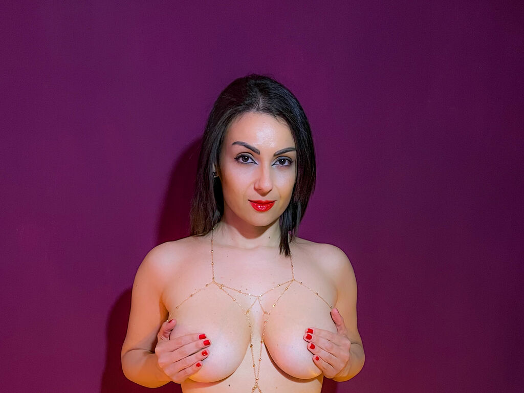 sofiamoroso chat direct live sex