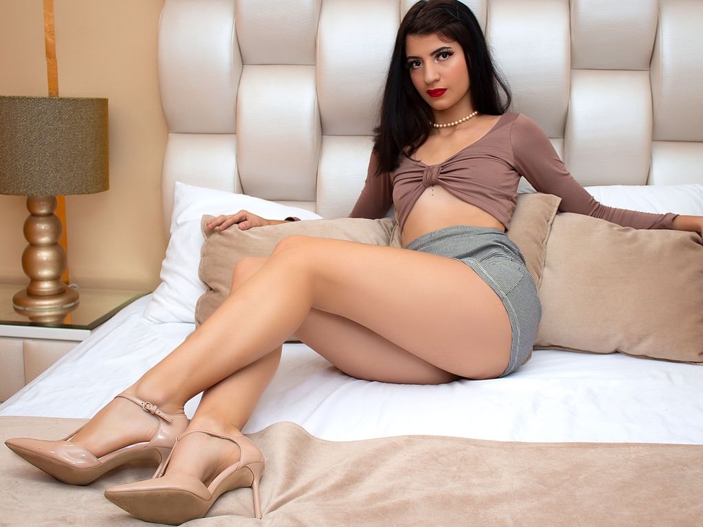 emyferrer live sex cam chat