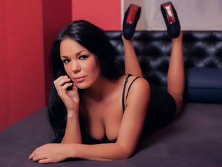 Webcam model AngieBlair from Web Night Cam