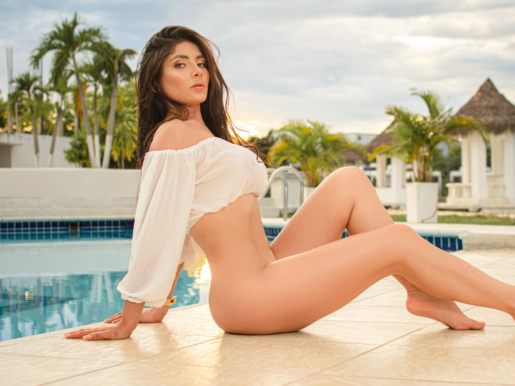 luana_4_u secret friends live sex