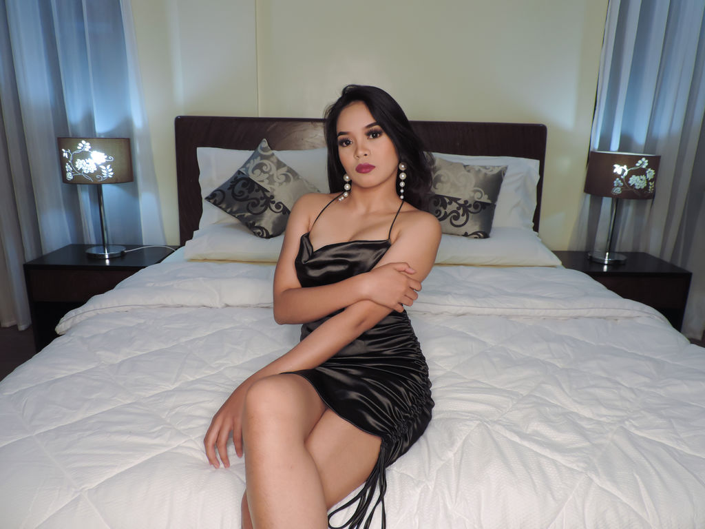 maealvarez live video sex chat