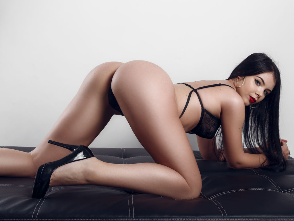 ellissa18 sex live tv