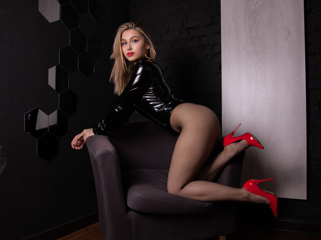 tinawilliams amsterdam live sex show