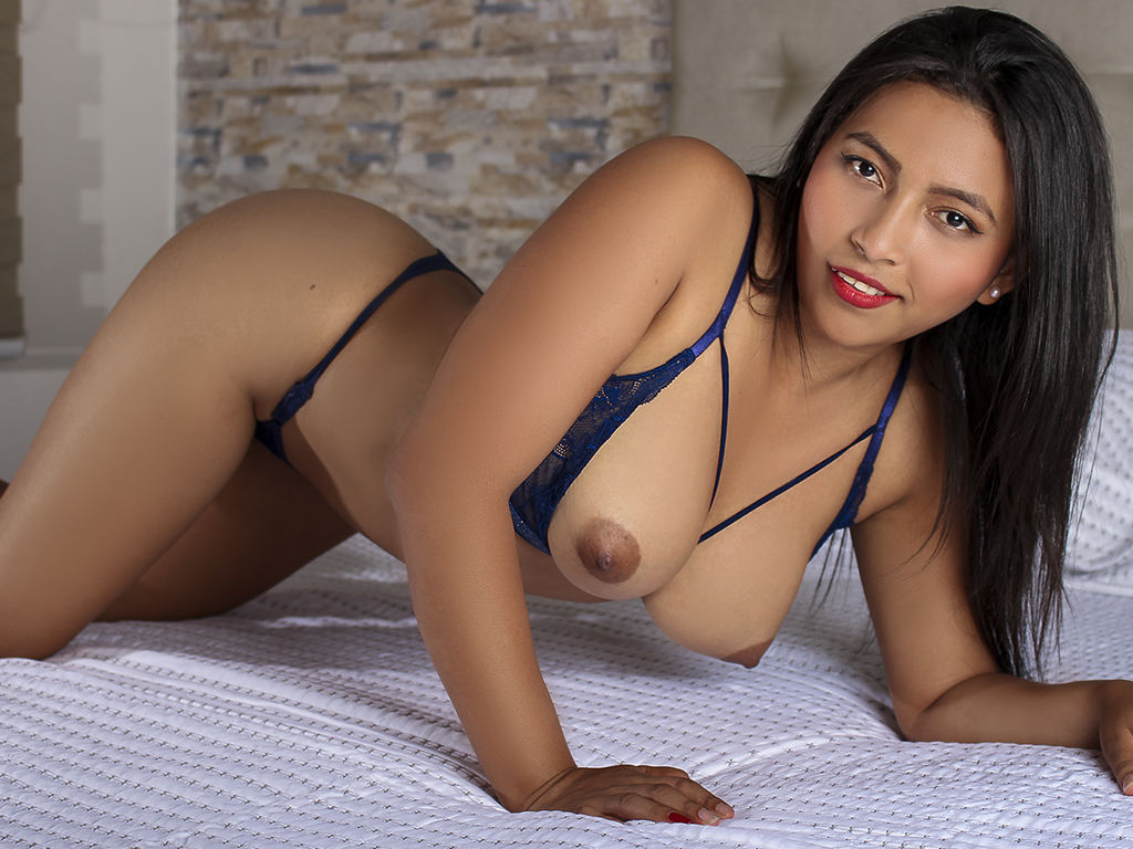 adelinereign live sex chat