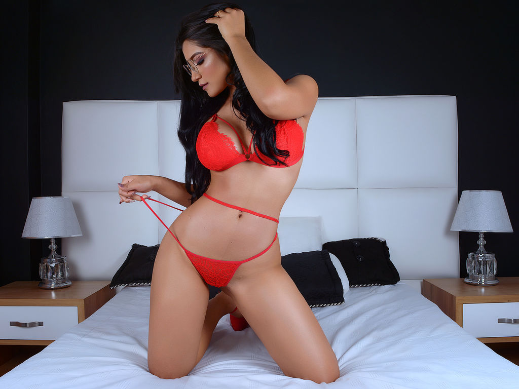 katalinamaya live sex tv