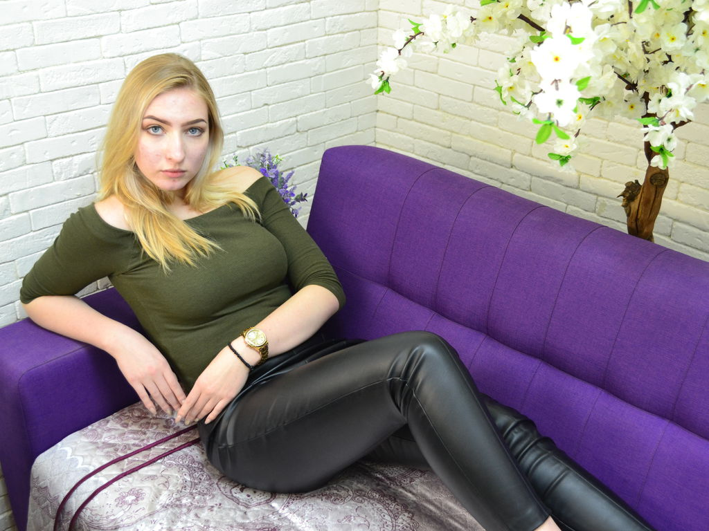 giselecelestial live video sex chat