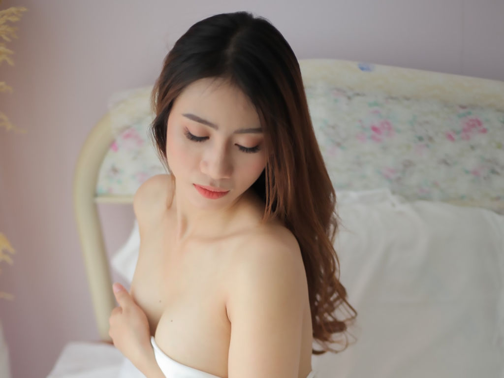 canarynguyen direct sex chat live