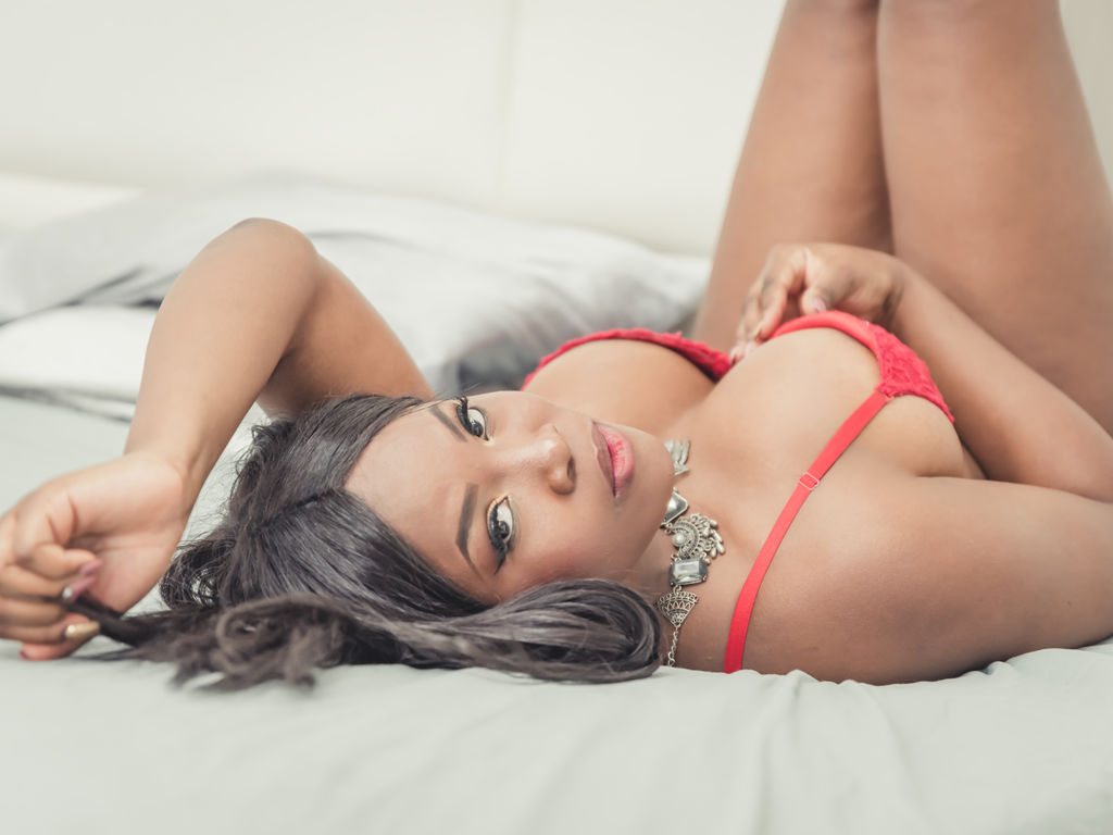 zaraclarke chat live sex web