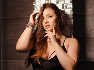 Sexy profile pic of IsabellaMarcuzzi