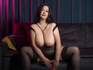 Sexy profile pic of SarahGreys