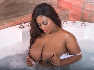 AmelyBennett - hot and sexy Brazilian mail-order bride