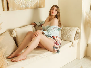 Webcam model StellaBowns from Web Night Cam