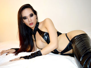 SavageQueentsXXX Italian Mature Webcam | irinawolf