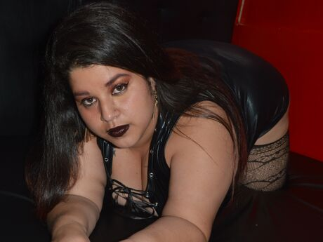 Chat with LeslyAddams