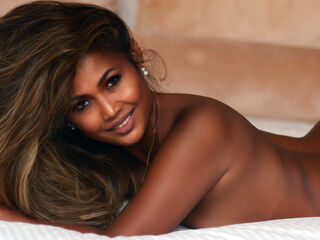Webcam model Kacielingerie from Web Night Cam