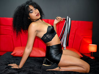 Webcam model LaiaMorrison from Web Night Cam