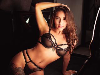 Sexy profile pic of AnaCarolinaa