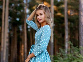 Sexy profile pic of MissAllen