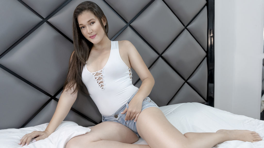 TefySummer online at GirlsOfJasmin
