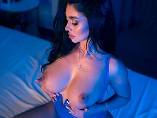 Sexy profile pic of YemayaShay