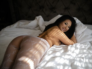 Webcam model VictoriaJunes from Web Night Cam