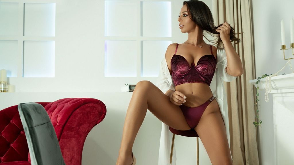 Watch the sexy Hayley from LiveJasmin at GirlsOfJasmin