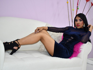 Webcam model AntonelaWolf from Web Night Cam