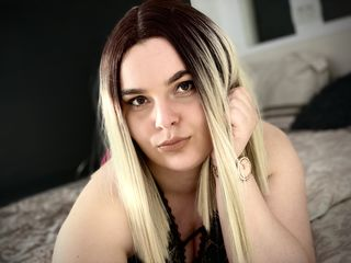 Webcam model AdelleReign from Web Night Cam