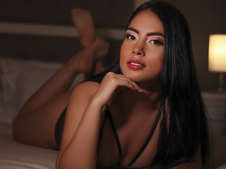 Webcam model KattHarrods from Web Night Cam