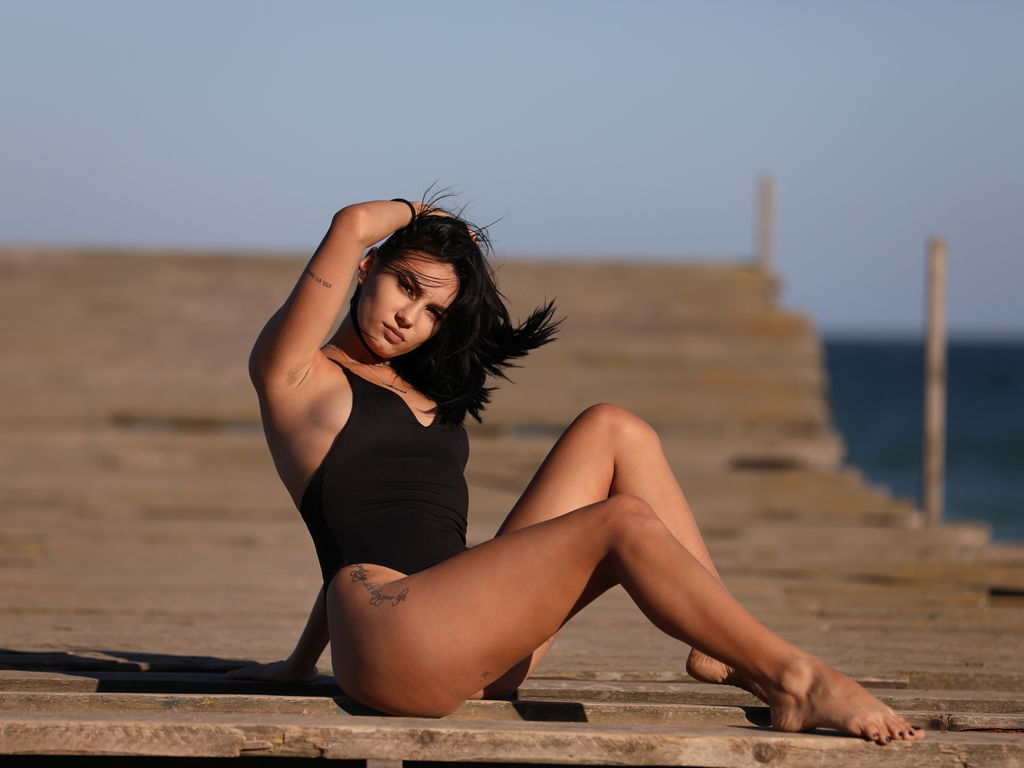Webcam model RaisaRay from Web Night Cam (LiveJasmin)