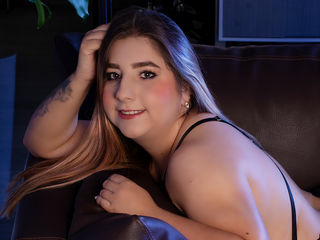 Webcam model MilaChester from Web Night Cam