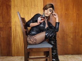 image of tranny cam model KeishaTaylor