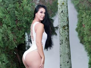Sexy profile pic of TalianaWarm