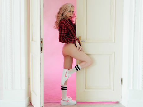 Chat with EmmaWoods