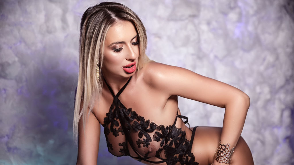 Watch the sexy MelissaDubois from LiveJasmin at GirlsOfJasmin