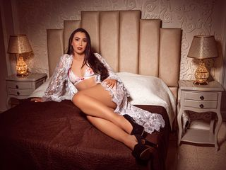 Sexy profile pic of VioletaSimons