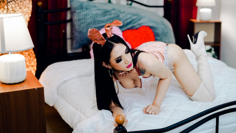 Chat with MadisonTan