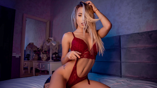 CarolineMayer webcam show