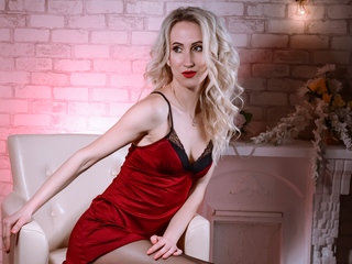 Webcam model NaughtyAngelforU from Web Night Cam
