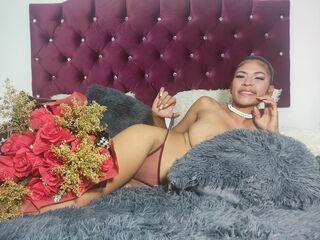 Sexy pic of ZandraBlum