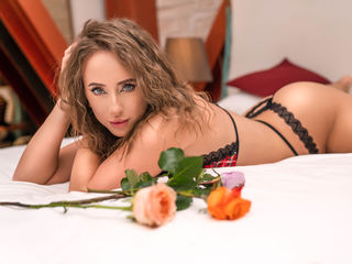 Webcam model CasandraJames from Web Night Cam