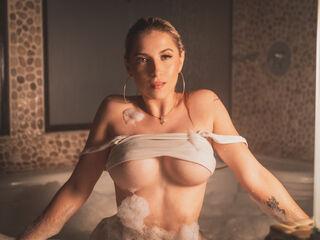 Sexy profile pic of OrianaSabatinni