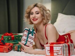 Sexy picture of TraciFox