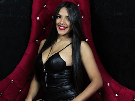Chat with DayanaHernandes
