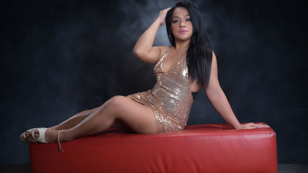 AaliyahPonce webcam show