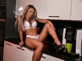 Webcam model AshantyS from Web Night Cam