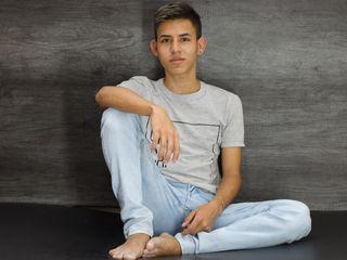 AlanGonzalez cam model profile picture