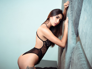 Hot picture of AdaraAlvarez