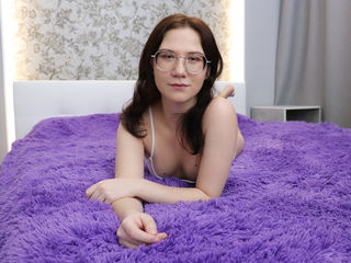 Webcam model RoxaneFoster from Web Night Cam